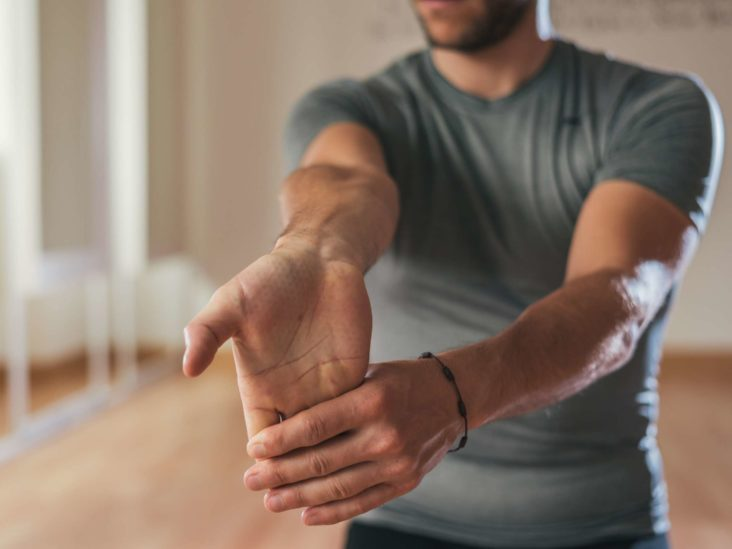 ARM AND WRIST STRETCH | 10 Best After Workout Stretch Moves For Whole Body